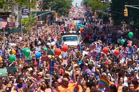 gay pride day new york jpg 1200x796